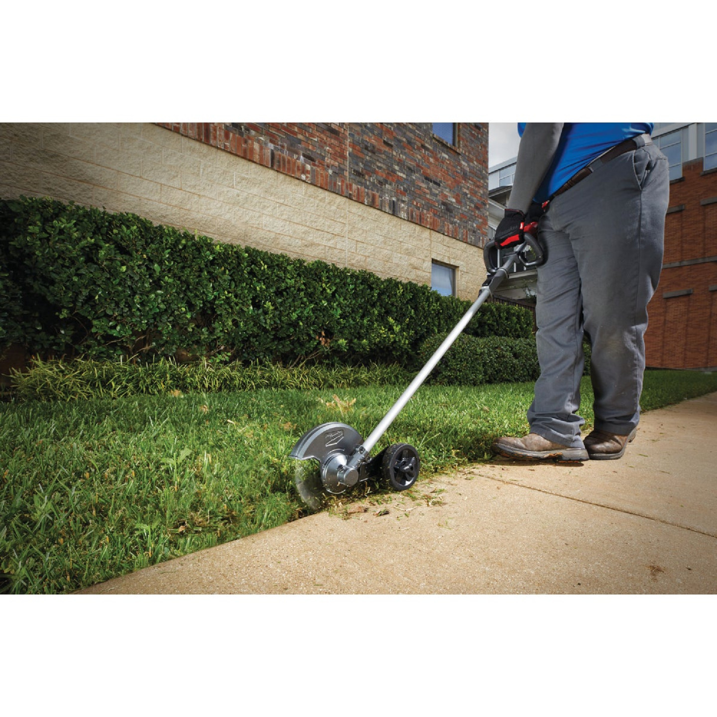Milwaukee M18 FUEL 8 In. Edger Attachment Image 2